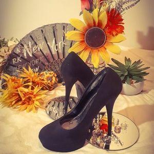 COPY - Sexy heels!